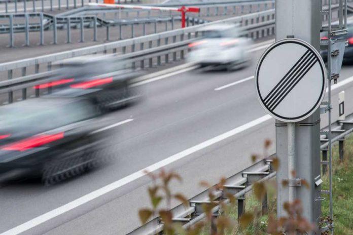 محدود کردن سرعت خودرو در آلمان