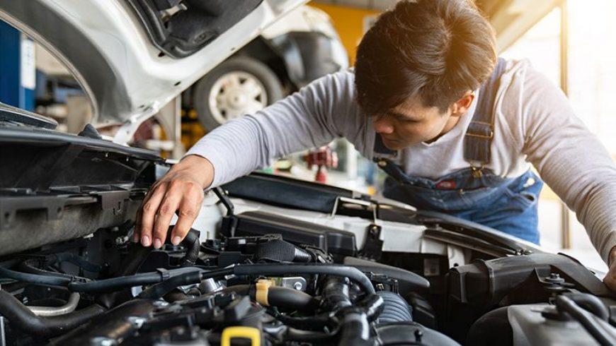 سرویس دورهای خودرو چیست و چه زمانی باید انجام شود؟