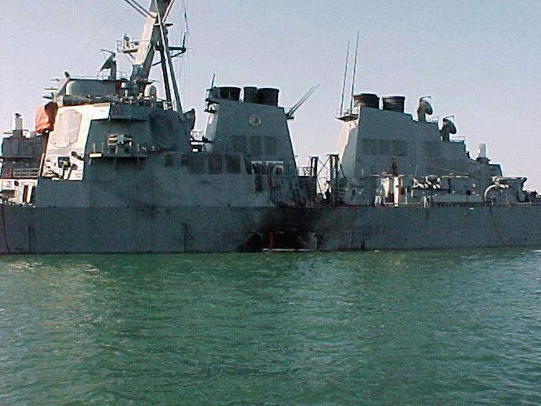 قایق بدون سرنشین نظامی