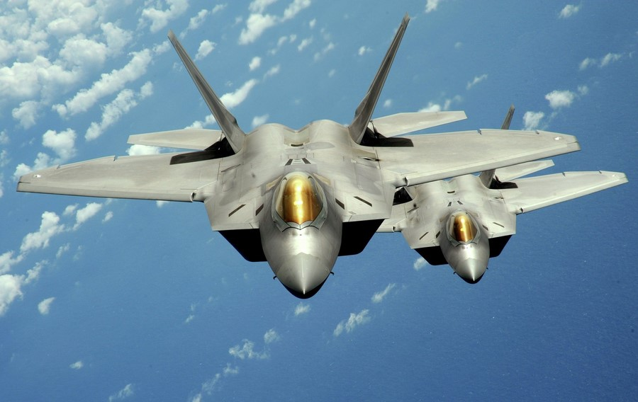 جنگنده F-22