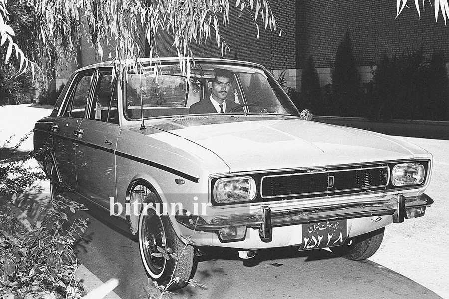 پنجاه سال بر صنعت خودرو