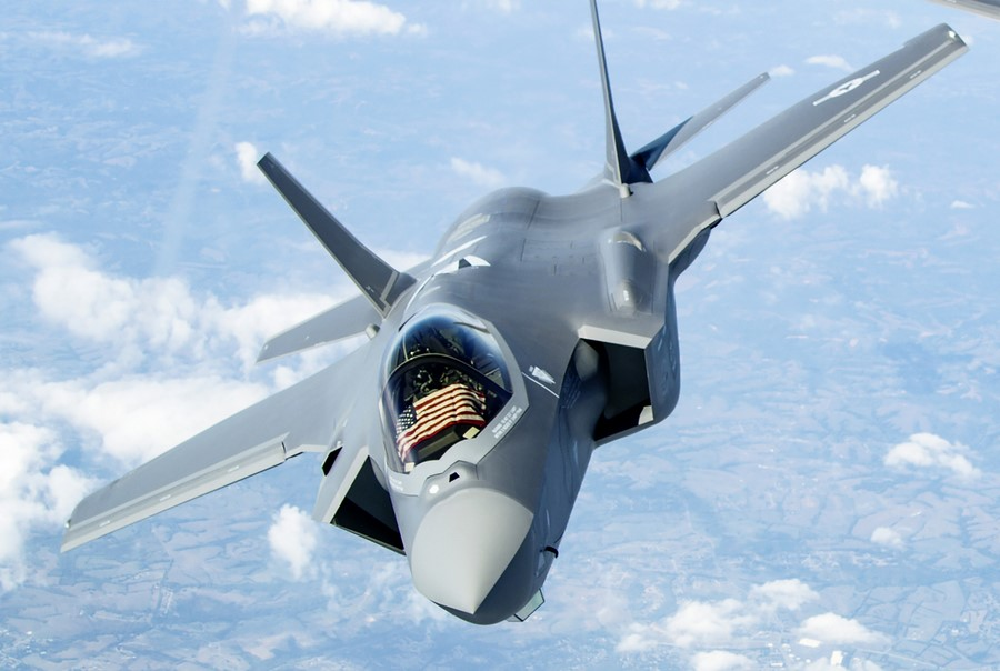 F-35 هواپیمای عمود پرواز