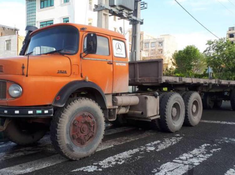 کامیون مرسدس بنز