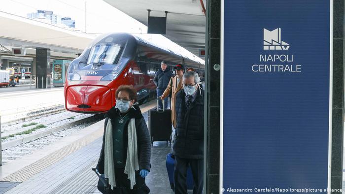 بزرگترین ایستگاه قطار جهان / عکس ایستگاه ناپل ایتالیا