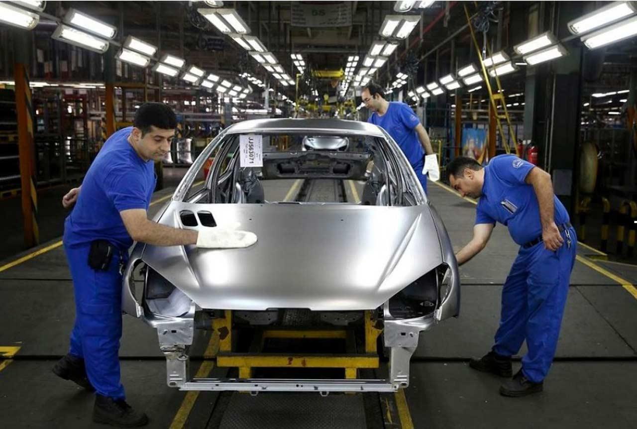 مشکل خودروهای تکمیل نشده در انبار خودروسازان