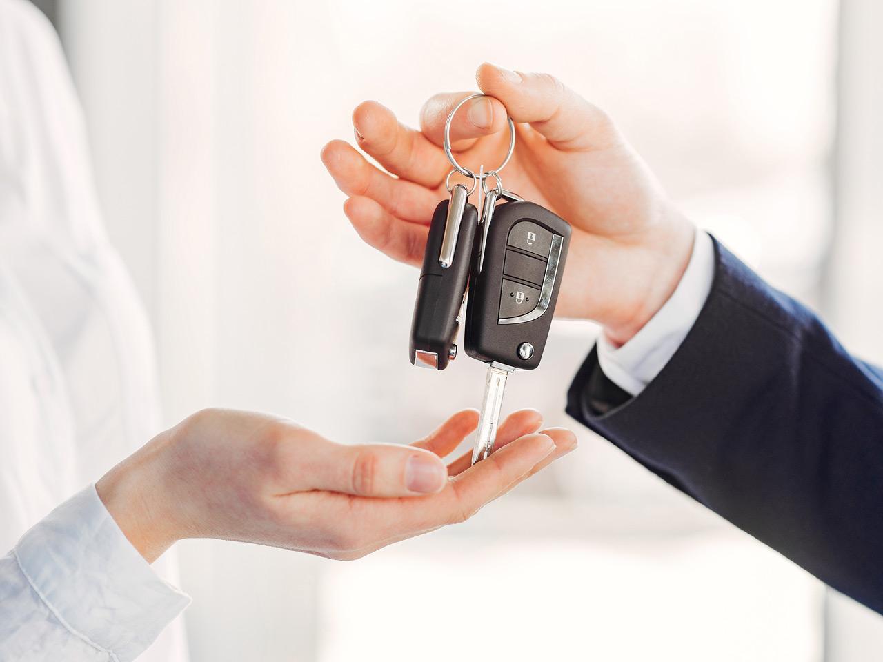 با یکصد میلیون تومان چه خودروهایی می توان خرید ؟